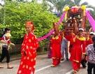 Người dân nô nức rước kiệu mừng lễ Phật đản