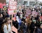 Cánh sát Mỹ bắt hơn 200 người biểu tình phản đối Tổng thống Trump
