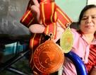 Tấm lòng vàng của nữ vận động viên khuyết tật