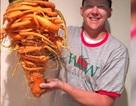 Củ cà rốt khổng lồ quái dị nặng nhất thế giới