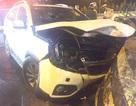 Cảnh sát PCCC phá cửa xe ô tô cứu 5 người bị mắc kẹt
