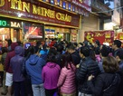 Ngày vía Thần Tài: Xếp hàng mua vàng từ tờ mờ sáng