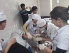 Hơn 40 công nhân nhập viện cấp cứu vì ngộ độc
