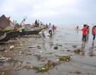 Choáng cảnh rác thải ngập tràn nhà thờ đổ Nam Định sau kỳ nghỉ lễ