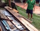 Xuất hiện vết nứt dài 40m, di dời khẩn cấp nhà dân và trạm bơm