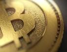 Giá Bitcoin giằng co mạnh sau khi vọt qua mốc 19.000 USD