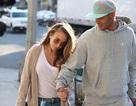 """""""Tội phạm điển trai"""" Jeremy Meeks đi mua sắm cùng bạn gái siêu giàu"""