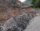 Đường 68 tỷ chưa bàn giao đã sụt lở nghiêm trọng, nghi do chấn động địa chất