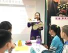 """Những """"cô dâu"""" gieo chữ Việt nơi xứ Đài"""
