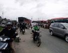 Ô tô khách và xe đầu kéo va chạm kinh hoàng, 2 người nhập viện