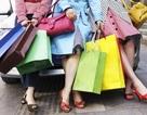 """Ngôi sao khiến phụ nữ """"lao đi"""" mua sắm nhiều nhất là ai?"""