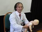 Bác sĩ Bạch Mai hướng dẫn xử lý khi trẻ bị hóc dị vật ngày Tết