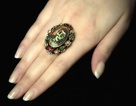 Chiếc nhẫn Picasso làm cho người tình có giá 14 tỷ đồng