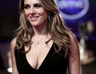 Elizabeth Hurley: 52 tuổi vẫn gợi cảm, lôi cuốn