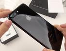 """Trớ trêu cảnh iPhone 7/7 Plus Jet Black """"mất giá"""" trên thị trường"""