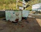Xác định loại hoá chất phát lộ trong kho bỏ hoang sau bão