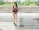 Đi cổ vũ SEA Games, Lệ Hằng diện váy siêu ngắn khoe chân dài