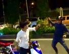 Bị chặn xe, côn đồ móc dao chống trả công an rồi nhảy sông Sài Gòn