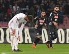Quật ngã AC Milan, Napoli tiếp tục dẫn đầu Serie A