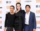 Pax Thiên cùng mẹ Jolie dự LHP Toronto