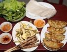 """""""Dắt túi"""" những món ăn đường phố cho sinh viên ngày cuối tuần"""