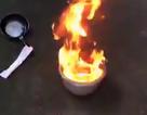 Vụ nước giếng bốc cháy ngùn ngụt: Làm sạch giếng cho dân