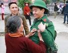 Nước mắt và nụ cười trong ngày tân binh lên đường nhập ngũ