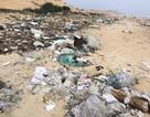 Bãi biển biến thành bãi rác khổng lồ