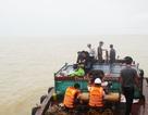 Huy động flycam tìm kiếm 2 thuyền viên vụ chìm tàu chở than