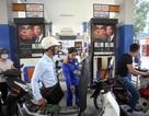 """Giảm thuế xăng dầu: Doanh nghiệp kêu """"bất lợi"""""""