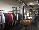 Giao mùa, cửa hàng quần áo thu 80 triệu đồng/ngày