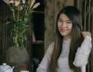 Thiếu nữ Việt khoe nét xuân thì với áo dài lụa tại thủ đô nước Đức
