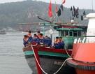 Vượt hơn 70 hải lý cứu sống 13 ngư dân gặp nạn trên biển