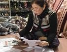 Rút giấy phép quán karaoke khiến cụ bà 93 tuổi bức xúc đến trụ sở huyện tá túc!