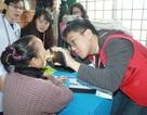500 người dân được bác sĩ Hàn Quốc khám bệnh miễn phí