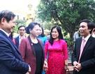 Chủ tịch Quốc hội chúc mừng các thầy cô trường chuyên Phan Bội Châu