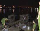 Bắt quả tang 3 thuyền khai thác cát trái phép trên sông Hương