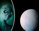 Mặt trăng Enceladus của sao Thổ có thể là nơi trú ẩn của sự sống dưới nước
