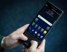 """Sự trở lại """"ngược đời"""" của 2 gã khổng lồ một thời Nokia, BlackBerry"""