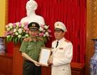 Trao quyết định giao Quyền Tổng cục trưởng Tổng cục Cảnh sát đối với Trung tướng Trần Văn Vệ