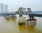 Cận cảnh nơi phát hiện quả bom Mỹ dưới cầu Long Biên