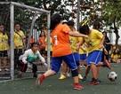 Nữ sinh Chu Văn An thi tài đá bóng máu lửa