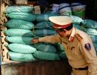 Bắt xe tải chở một tấn bột ngọt nghi hàng Trung Quốc