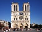 Pháp bắn kẻ dùng búa tấn công trước nhà thờ Đức bà Paris