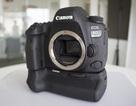 Cận cảnh máy ảnh Canon 6D Mark II giá 45,5 triệu đồng tại Việt Nam