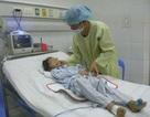 4 trẻ đồng loạt nhập viện, 1 tử vong bất thường
