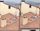 Cặp đôi đi lễ hội tranh thủ yêu đương trên mái ngói