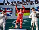 Vettel có chiến thắng thuyết phục trước Hamilton