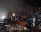 Siêu thị lớn trên đường Giải Phóng cháy rụi hoàn toàn trong đêm mưa