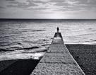 Đừng gặm nhấm cô đơn một mình...